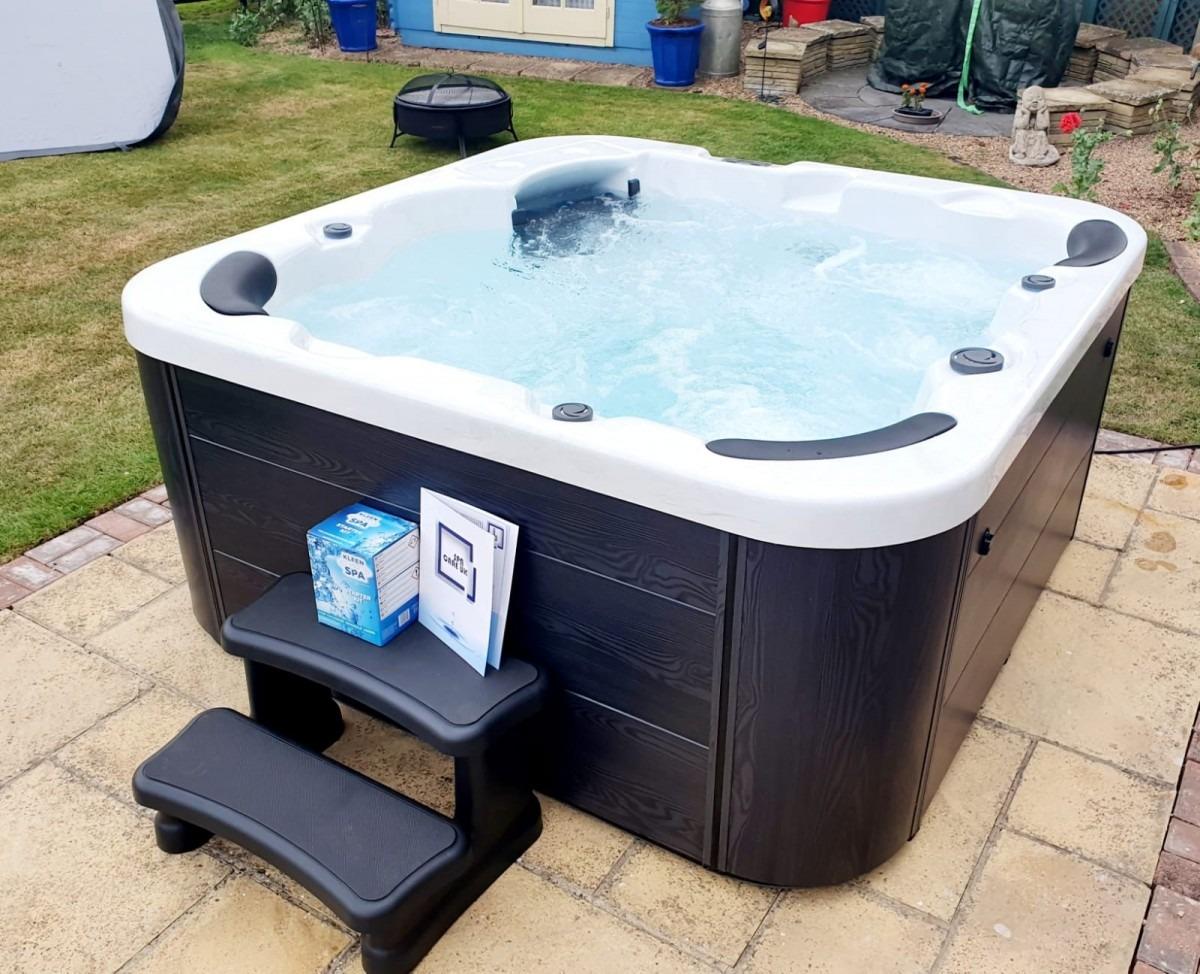 New Hot Tubs