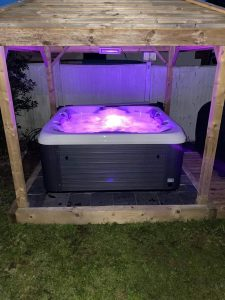 quality hot tubs for sale
