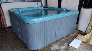 quality used hot tubs for sale