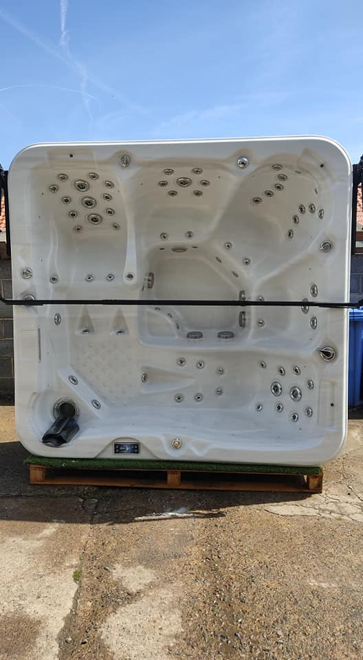 Very high spec used tub just in. Twin loungers and