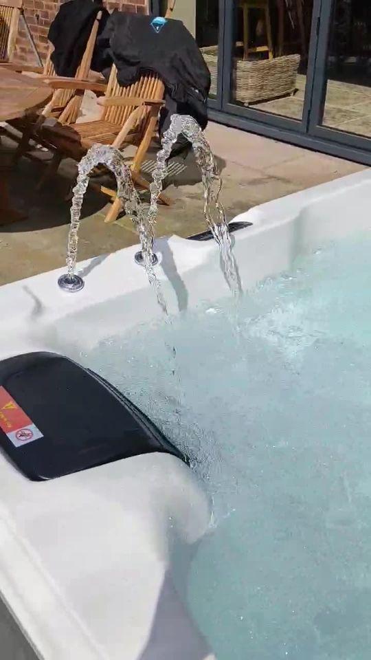 The stunning Norfolk Hot Tub installed at a beautiful holiday