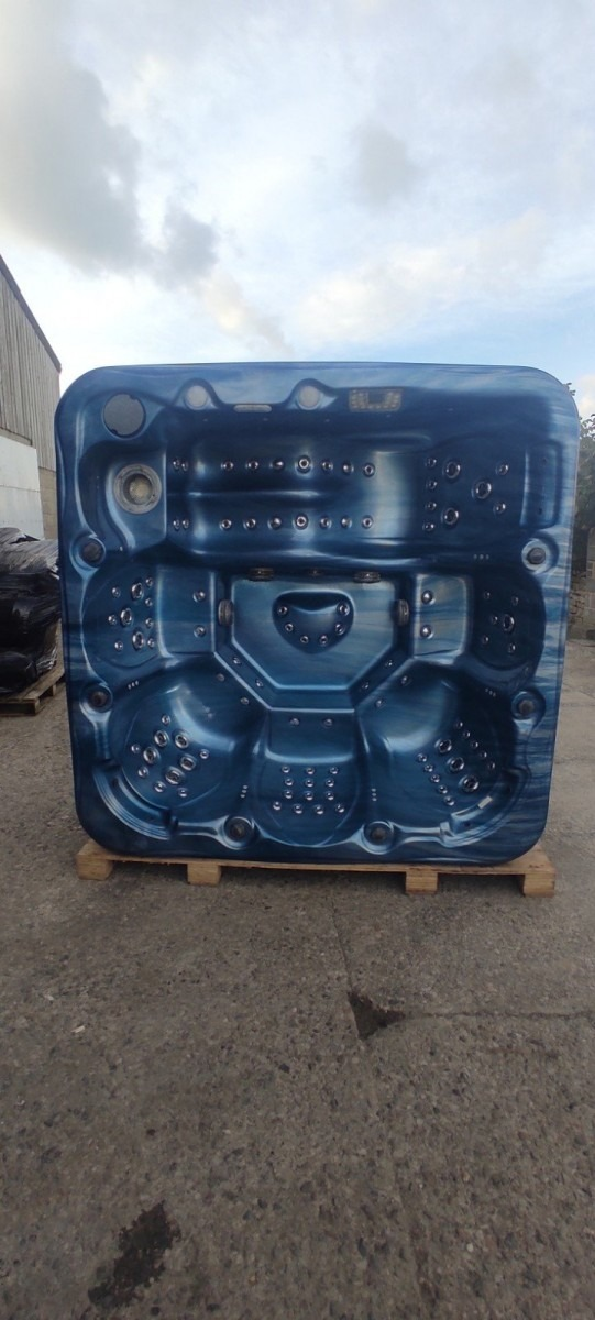 Blue - 1 lounger Plus 5 Seats